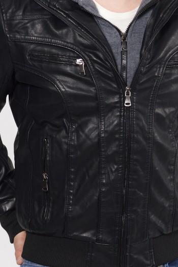 Ανδρικό μπουφάν από δερματίνη με φούτερ ζακέτα με κουκούλα ενσωματωμένη από μέσα.